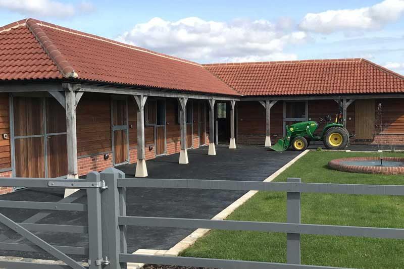 Stables - new build in swindon
